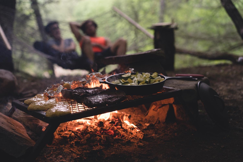 gusseisenpfanne grill